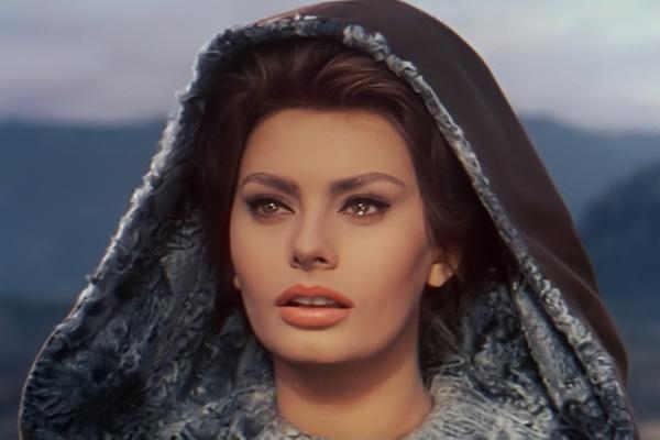 """Sophia Loren ganhou o Oscar de melhor atriz por sua atuação no filme """"Duas Mulheres"""", em 1962, e um Oscar honorário em 1991 (Divulgação)"""