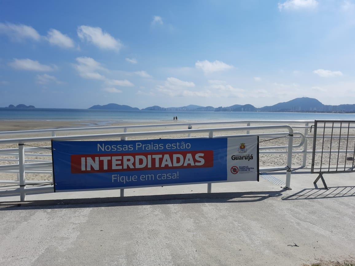 Primeiro dia de lockdown nas praias de Guarujá: veja galeria