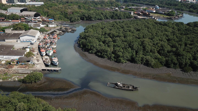 De acordo com o projeto, os piscinões, que são reservatórios de água, ficarão no final de cada canal, próximos ao Rio Santo Amaro