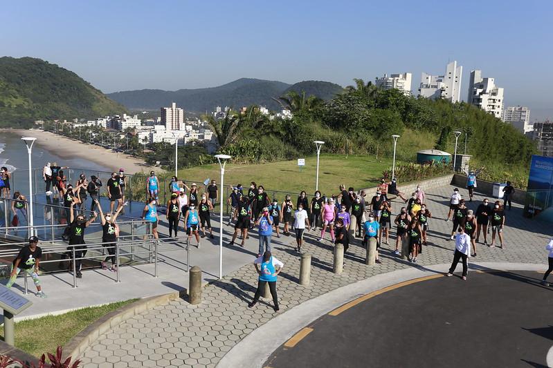 Dia do Desafio no Mirante das Galhetas, em Guarujá