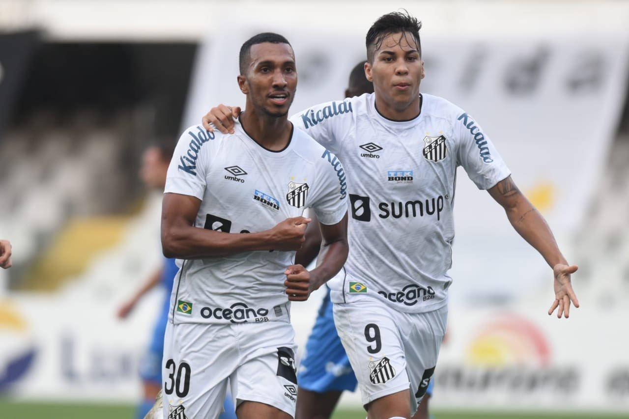 Veja fotos de Santos 2 x 0 São Bento na Vila Belmiro