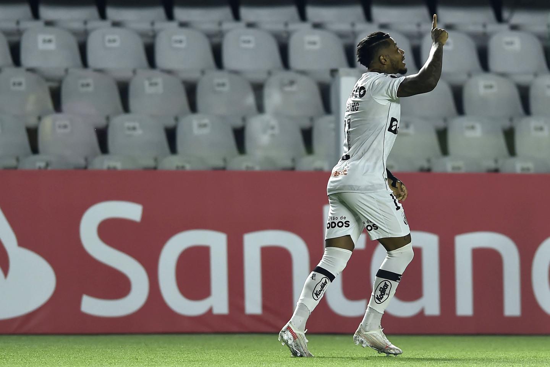 Veja fotos de Santos 5 x 0 The Strongest pela Libertadores
