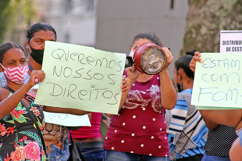 Mulheres da ZN pedem auxílio emergencial à Prefeitura
