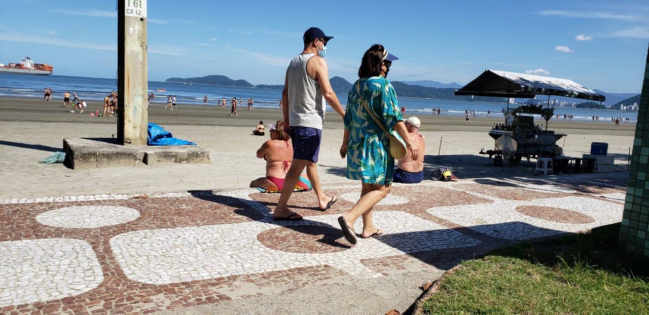 Veja imagens da Ponta da Praia na manhã desse sábado