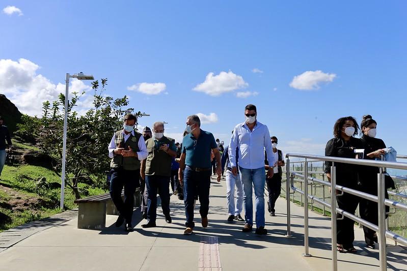 Guarujá recebe visita dos Ministros do Turismo e da Saúde