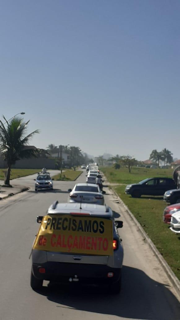Moradores saem em carreata e pedem melhorias em Itanhaém