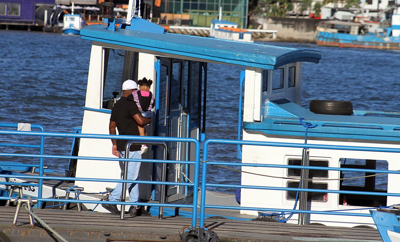 Passageiros precisaram desembolsar mais para utilizar barca entre Santos e Guarujá