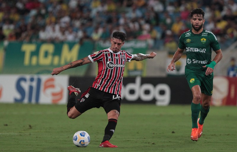Cuiabá e São Paulo ficam no empate sem gols: veja galeria