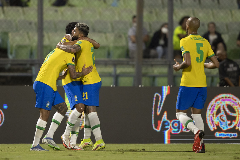 Confira imagens de Venezuela 1 x 3 Brasil nas Eliminatórias