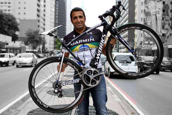 Ultraciclista morre atropelado na rodovia Rio-Santos