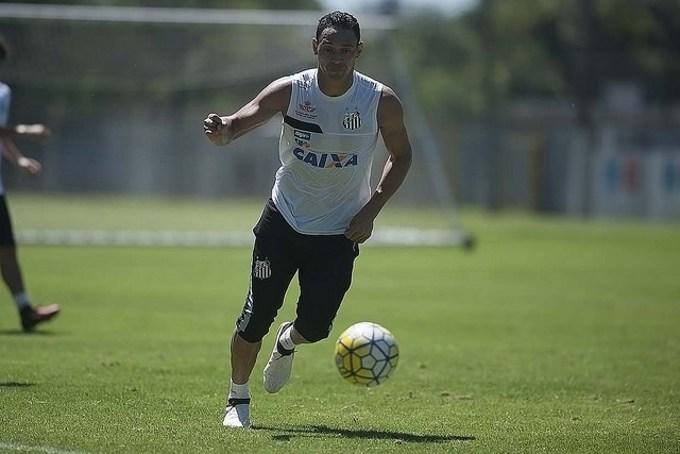 Santos inscreve Ricardo Oliveira e David Braz no Paulistão
