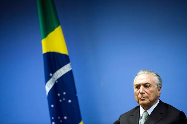Temer deu 'sinais claros' para comprar silêncio de Cunha, diz delator