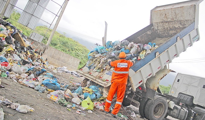 O lixo coletado é enviado ao Centro de Gerenciamento de Resíduos Sólidos do município