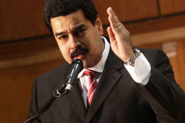 Luis Fonsi e Daddy Yankee condenam a versão de Maduro de 'Despacito'