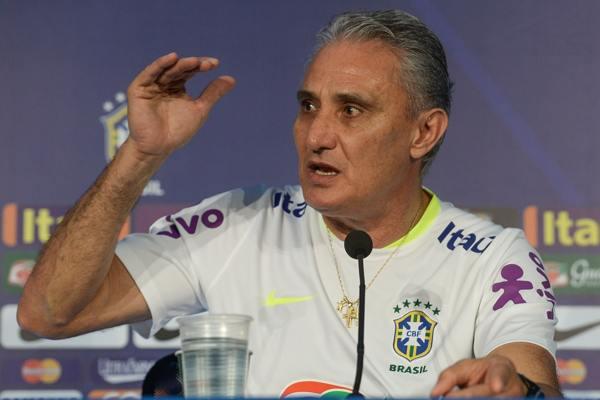 Tite convocará seleção no dia 10 para jogos contra Equador e Colômbia