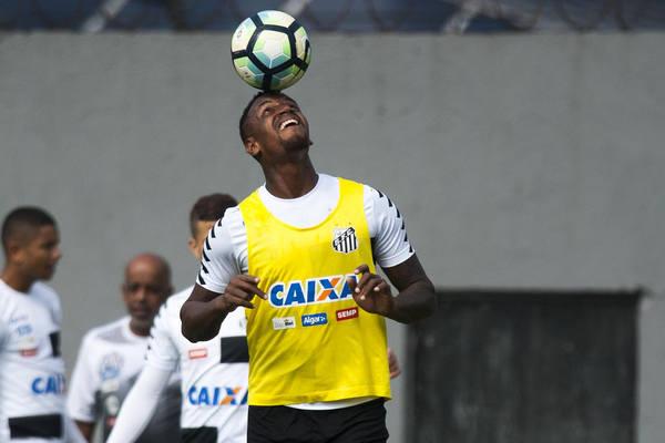 Santos e Fluminense empatam sem gols no Pacaembu — Brasileirão