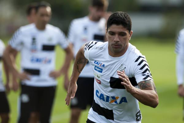 Esquecido por Tite, Vanderlei garante classificação do Santos na Copa Libertadores