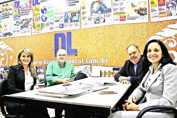 Rosa Maria, acompanhada de Telma,  esteve no Diário do Litoral  onde foi recebida pelo diretor Sérgio Souza