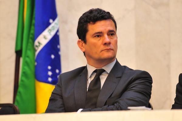 Maioria quer Lula preso e investigação contra Michel Temer — Datafolha
