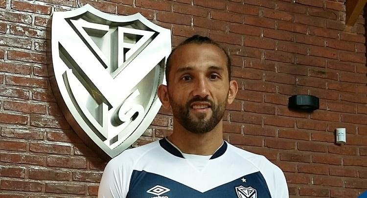Hernán Barcos pode aparecer no Santos