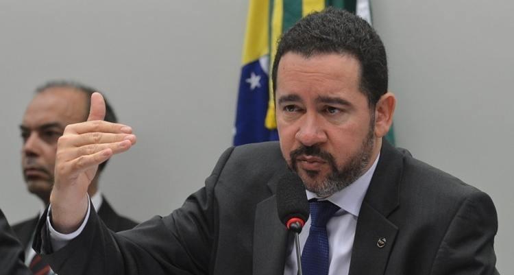 O ministro Dyogo Oliveira, no programa Por Dentro do Governo, da TV NBR