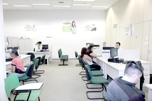 Os profissionais autônomos terão até as 23h59min59s de sexta-feira para pagar os tributos devidos à Receita Federal ou aderir ao parcelamento dos débitos em até 60 meses (cinco anos)