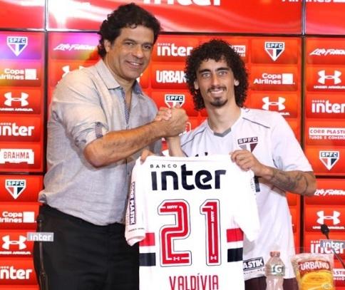 Valdivia foi contratado do Internacional por empréstimo até dezembro deste ano e já estava treinando com o elenco desde a semana passada