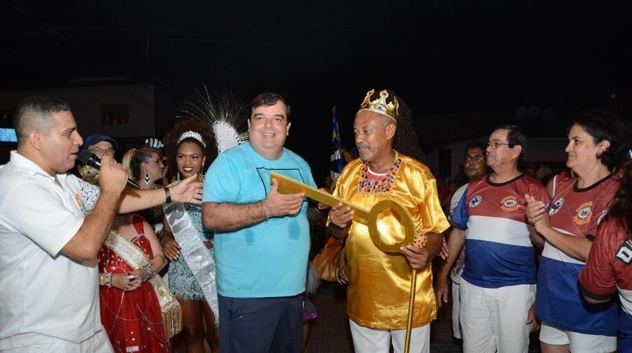 Para o vice-prefeito, este é um momento feliz, de resgate do carnaval de antigamente.