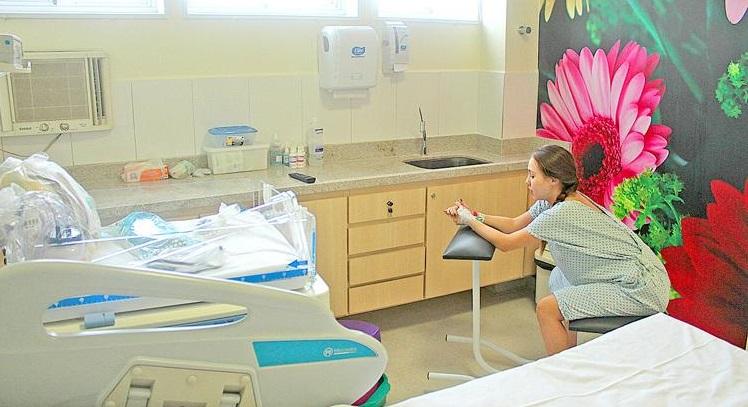 Com parto humanizado, número de cesáreas cai 15% em hospital