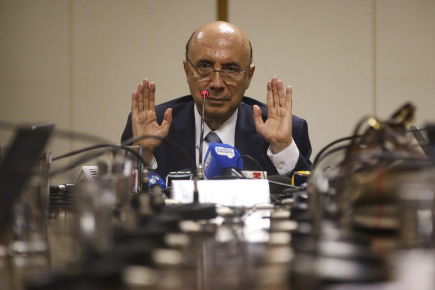 Henrique Meirelles diz que tomará até o final do mês uma decisão sobre sua candidatura ao Planalto