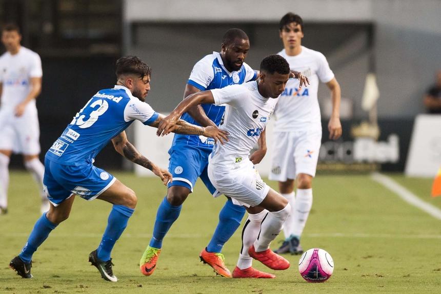 O Santos perdeu em casa para o São Bento por 3 a 1