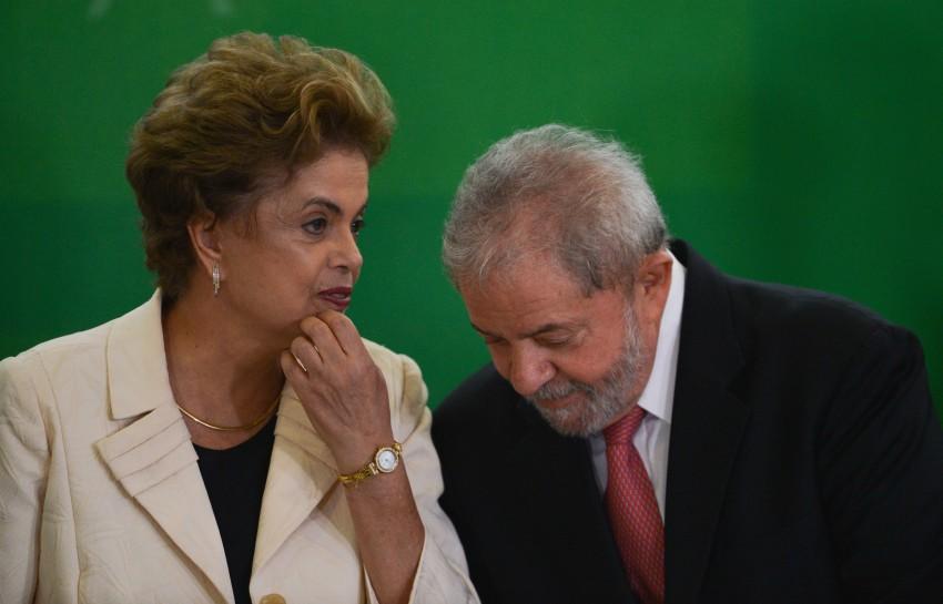 Os ex-presidentes Luiz Inácio Lula da Silva e Dilma Rousseff foram denunciados