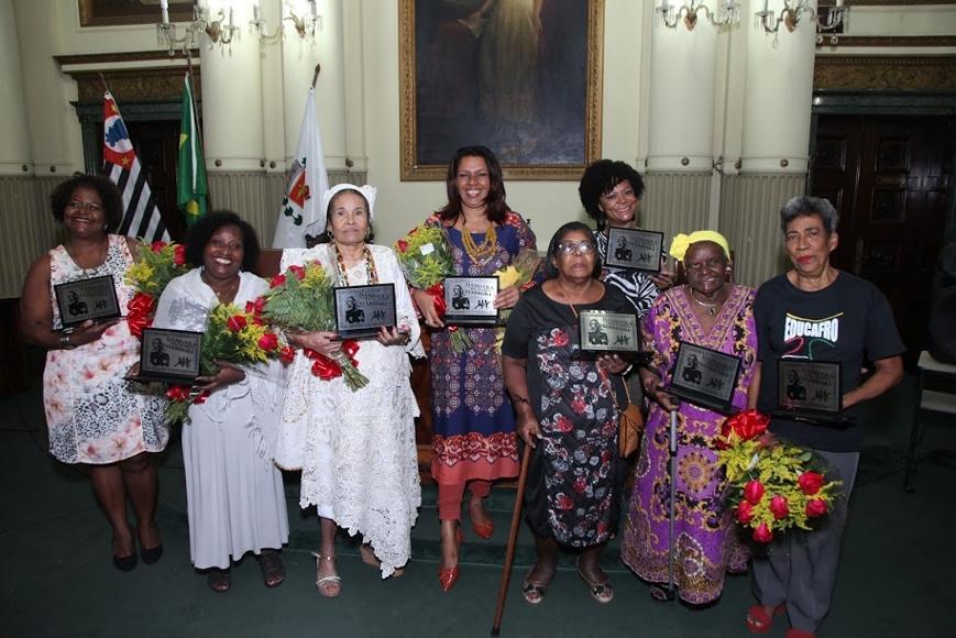 Oito 'guerreiras' da sociedade santista foram homenageadas com o Prêmio Dandara dos Palmares