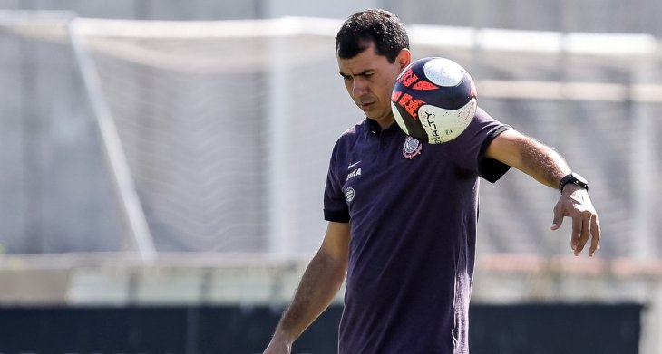 Recuperação relâmpago! Clayson, do Corinthians, pode voltar ainda antes da Copa