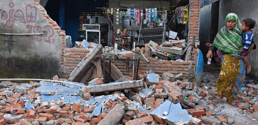 O número de mortos vem apenas de Palu, a capital da província de Celebes Central e local mais afetado