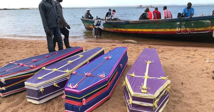 Os trabalhos de resgate foram retomados hoje pela manhã, quando foram recuperados outros 24 corpos