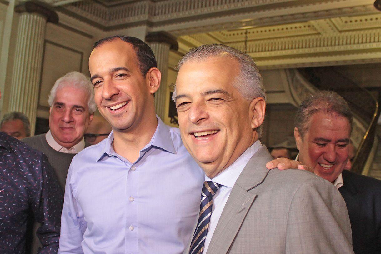 Márcio França, candidato pelo PSB, foi recepcionado pelo prefeito Paulo Alexandre Barbosa no Paço Municipal