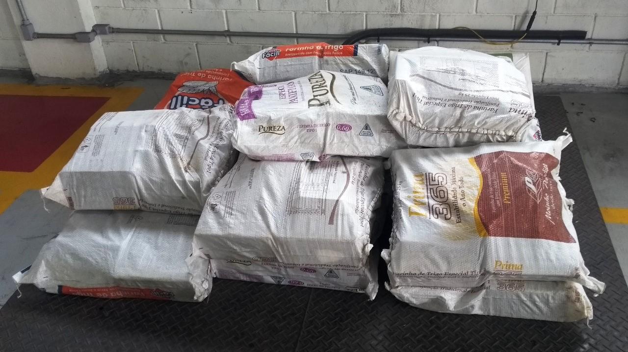 Foram apreendidos 435 quilos de cocaína