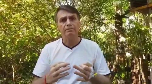 Bolsonaro tem se comunicado com seu eleitorado através das redes sociais