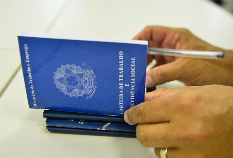 Os pré-requisitos serão imprescindíveis e os documentos indispensáveis