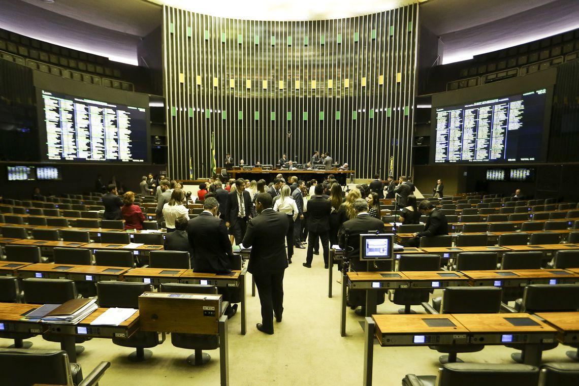 Os partidos PT e PSL foram os que mais elegeram deputados federais para a Câmara para os próximos quatro anos