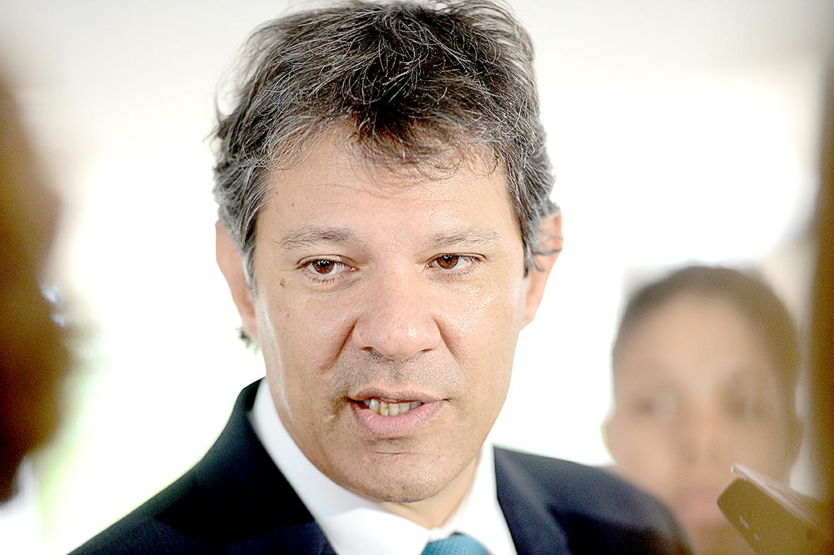 Fernando Hadda defendeu as reformas nos sistema tributário e bancário