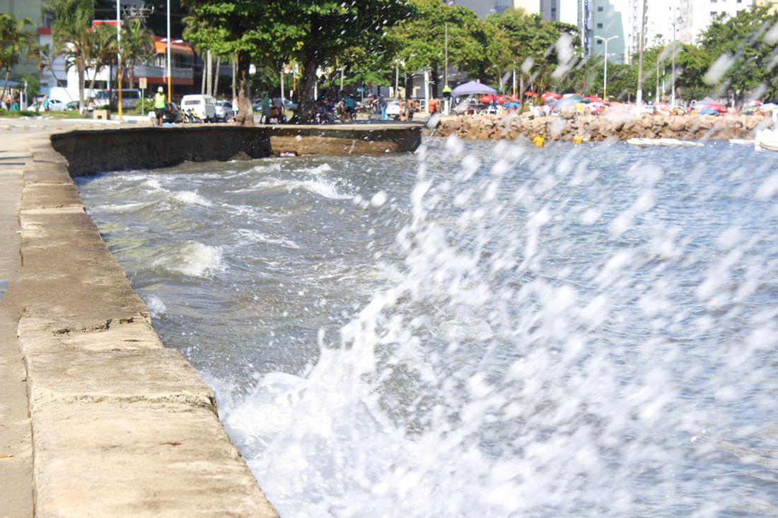 Os impactos podem se intensificar com a ocorrência de ventos locais intensos