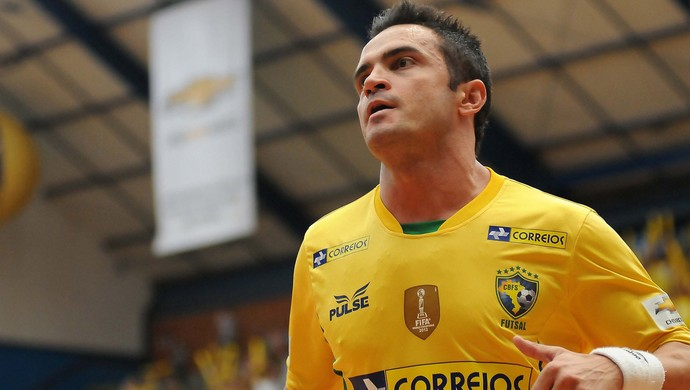 Após se aposentar, Falcão deseja continuar no esporte