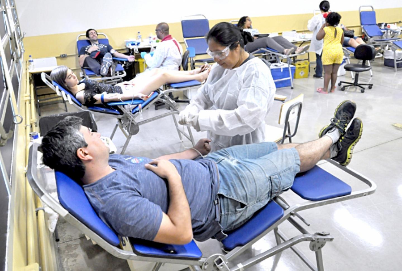 Doadores de sangue podem não pagar concursos públicos em Praia Grande - Diário do Litoral