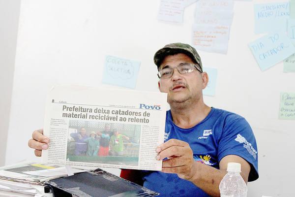 Carlos explica sobre a falta de apoio público e luta ao lado dos cooperados pela valorização da profissão (Foto: Matheus Tagé/DL)