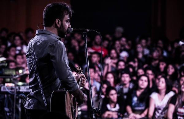 Gustavo Mantovani conversou com o DL sobre o lançamento do novo álbum (Foto: Luringa/Fresno)